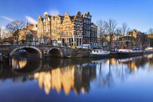 Amsterdam medium